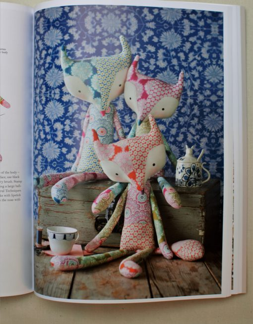 Muñecos del libro de patchwork Tilda Sewing by Heart