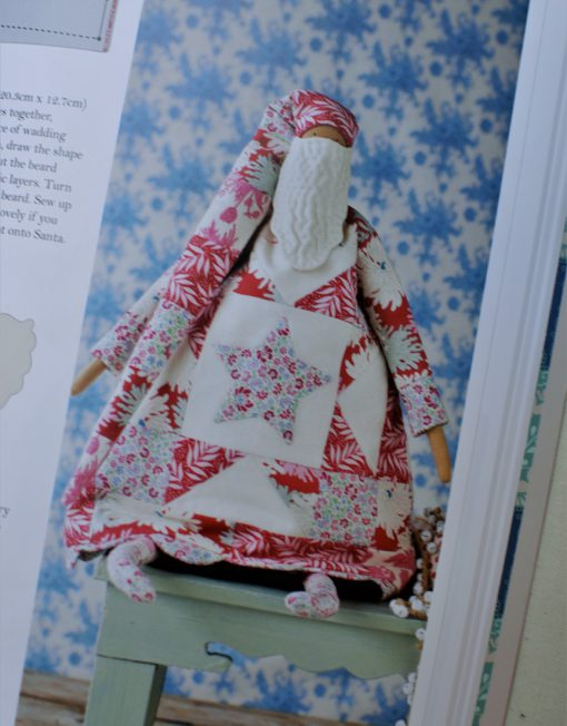 Papa Noel del libro de patchwork Tilda Sewing by Heart